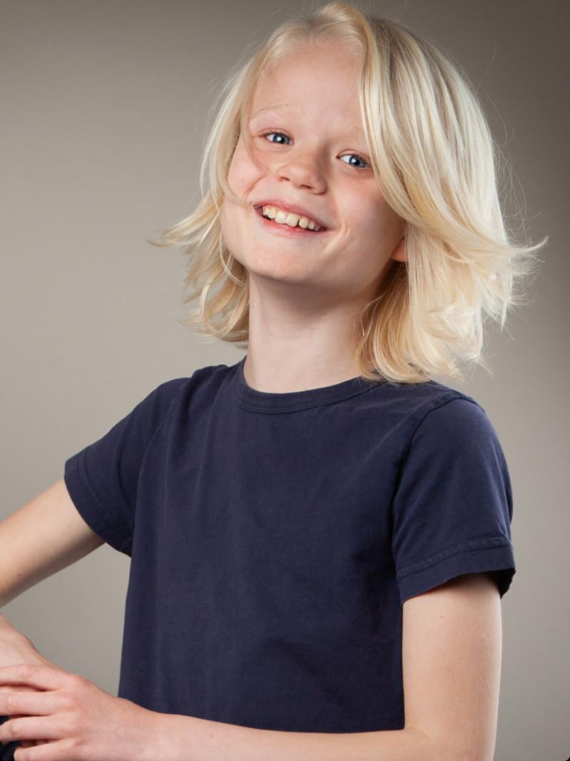 ZaZa Casting model ID: 11152