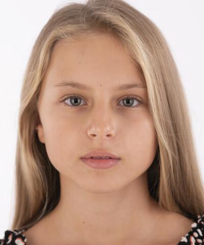 ZaZa Casting model ID: 14952