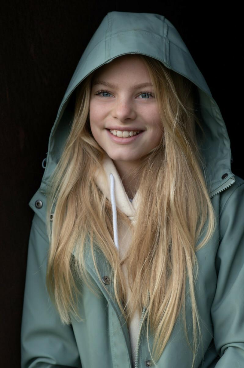 ZaZa Casting model ID: 15962