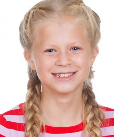 ZaZa Casting model ID: 16074
