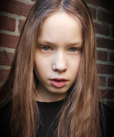 ZaZa Casting model ID: 16315