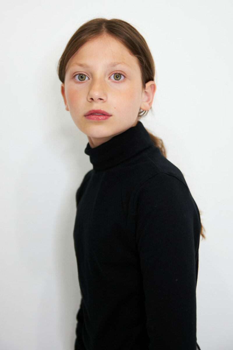 ZaZa Casting model ID: 4237