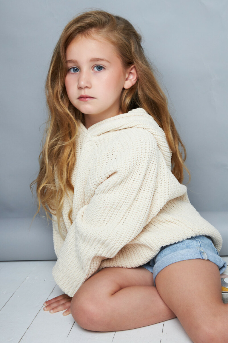 ZaZa Casting model ID: 15227