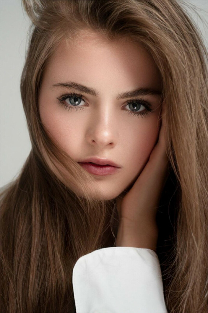 ZaZa Casting model ID: 9147