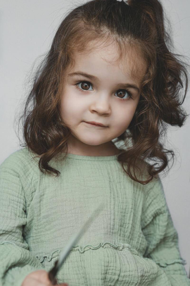 ZaZa Casting model ID: 16469