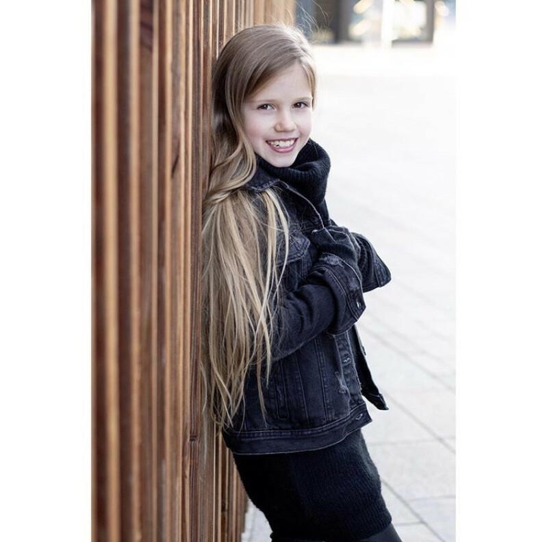 ZaZa Casting model ID: 1259