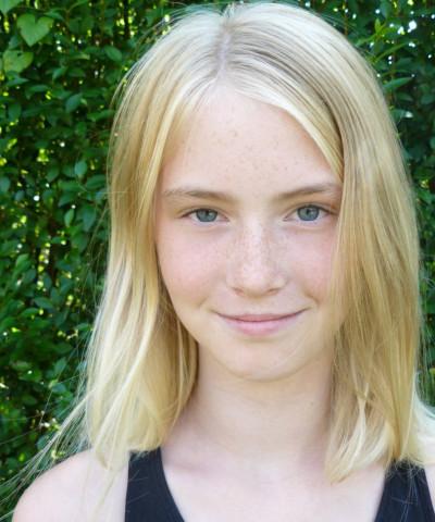 ZaZa Casting model ID: 3718