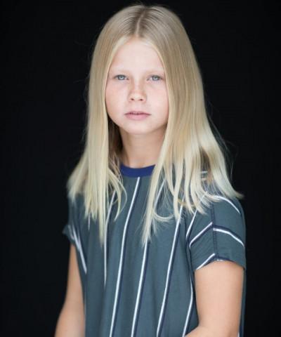 ZaZa Casting model ID: 10618