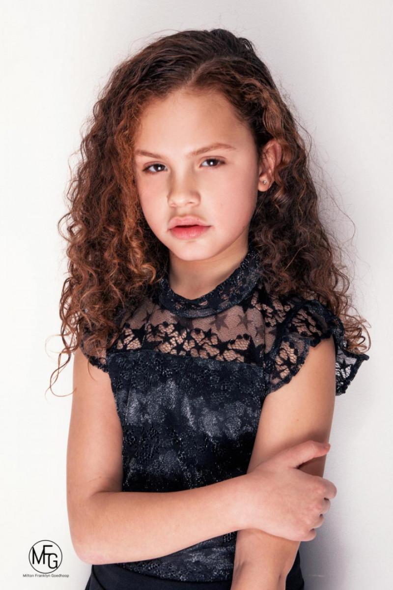 ZaZa Casting model ID: 7016